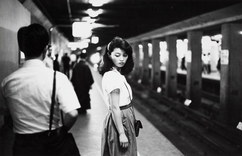 Ed-van-der-Elsken-Tokyo-Meisje-in-de-subway-1984